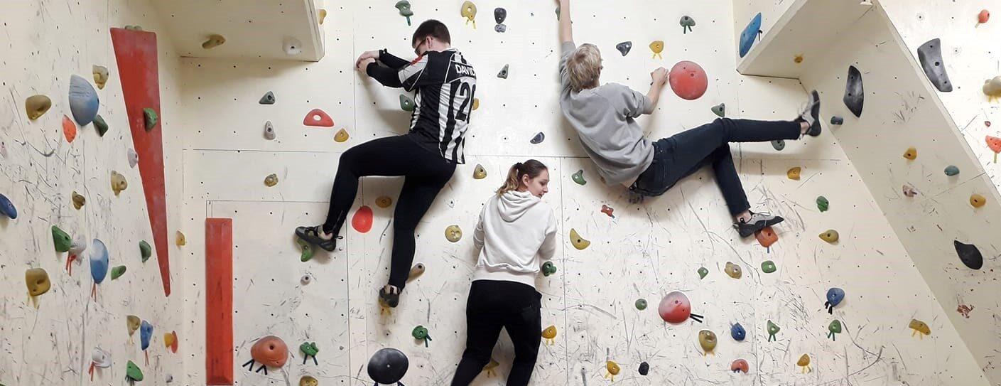 Holdtræning i Odenseklatreklub